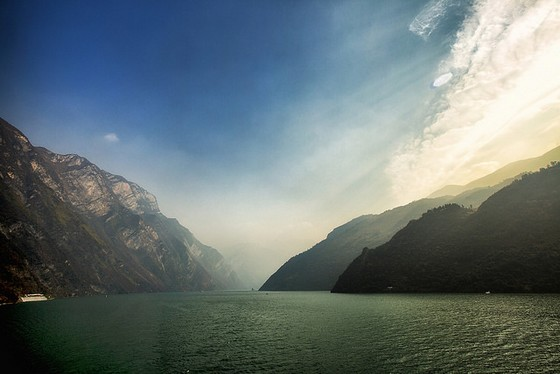Three Gorges m