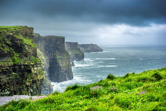 Cliffs oh Moher 560